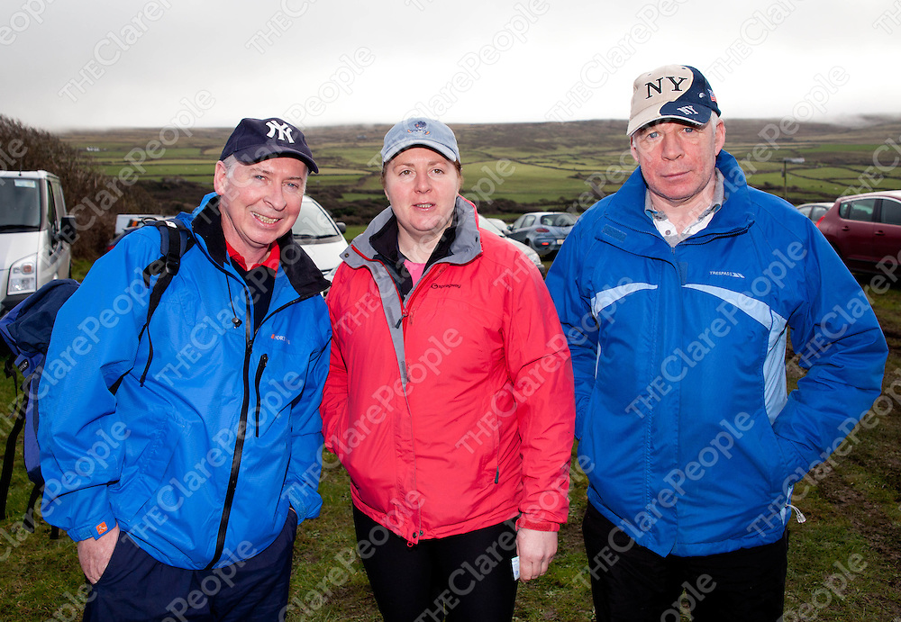12.02.12.<br /> The Clare Branch of the Alzheimers Society of Ireland's annual fundraising 10 KM Burren Walk, Co. Clare. Enjoying the event were, Pat, Beatrice and Con Ryan. Picture: Alan Place/Press 22.