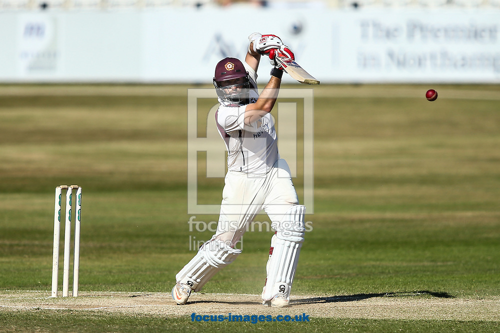 Steven Crook of Northamptonshire CCC batting during the Specsavers County C'ship Div Two match at the County Ground, Northampton<br /> Picture by Andy Kearns/Focus Images Ltd 0781 864 4264<br /> 15/08/2016