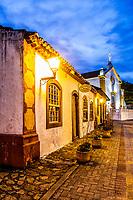Casa colonial em Santo Antonio de Lisboa. Florianópolis, Santa Catarina, Brazil. / Colonial architecture house in Santo Antonio de Lisboa district. Florianopolis, Santa Catarina, Brazil.