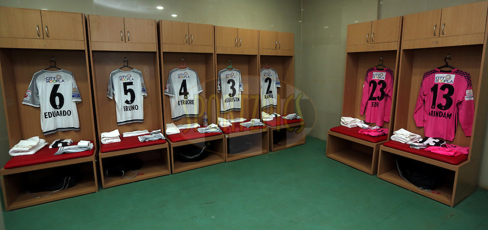 FC Pune City dressing room before the start of the match 8 of the Indian Super League (ISL) season 3 between FC Goa and FC Pune City held at the Fatorda Stadium in Goa, India on the 8th October 2016.<br /> <br /> Photo by Sandeep Shetty / ISL/ SPORTZPICS