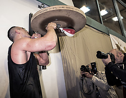 10.11.2015, Stanglwirt, Going, AUT, Wladimir Klitschko, Training, Kampfvorbereitung gegen Tyson Fury (GBR), im Bild Wladimir Klitschko und zwei Fotografen, Wladimir Klitschko and two photographers during a training session before his fight against Tyson Fury (GBR) at the Stanglwirt in Going, Austria on 2015, 11, 10. EXPA Pictures © 2015, PhotoCredit: EXPA, Martin Huber