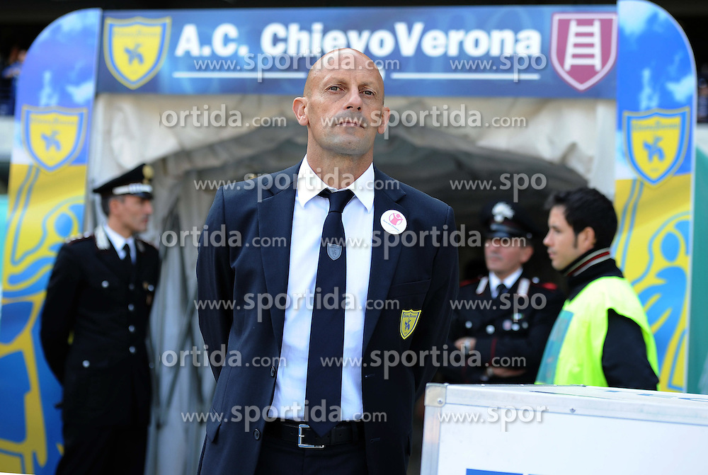 16.10.2011, Marcantonio Bentegodi Stadion, Verona, ITA, Serie A, AC Chievo Verona vs Juventus Turin, im Bild Domenico DI CARLO (Chievo Verona) // during Serie A football match between AC Chievo Verona and Juventus Turin at Marcantonio Bentegodi Stadium, Verona, Italy on 16/10/2011. EXPA Pictures © 2011, PhotoCredit: EXPA/ InsideFoto/ Alessandro Sabattini +++++ ATTENTION - FOR AUSTRIA/(AUT), SLOVENIA/(SLO), SERBIA/(SRB), CROATIA/(CRO), SWISS/(SUI) and SWEDEN/(SWE) CLIENT ONLY +++++