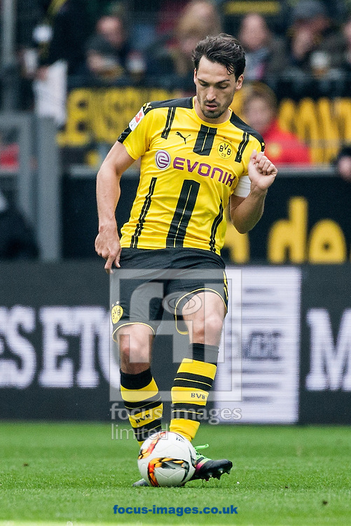 Mats Hummels of Borussia Dortmund during the Bundesliga match at Signal Iduna Park, Dortmund<br /> Picture by EXPA Pictures/Focus Images Ltd 07814482222<br /> 14/05/2016<br /> ***UK &amp; IRELAND ONLY***<br /> EXPA-EIB-160514-0078.jpg