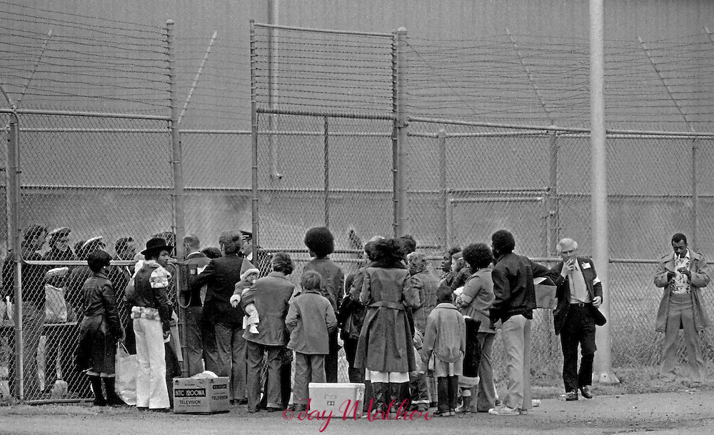 The Kentucky State Penitentiary at Eddyville held the first open house for family and friends of inmates on Christmas Eve, 1977. The warden, Donald Bordenkircher and staff worked with the inmates to improve morale and make repairs to the facility. Although the event was successful, it was never allowed to occur again.