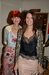 Left to right, VALERIE SYKES and her daughter PLUM SYKES at The Caron Keating Foundation Dinner in honour of the late TV presenter who died in April 2004, held at The Savoy, London on 4th October 2004.<br /><br /><br /><br />NON EXCLUSIVE - WORLD RIGHTS
