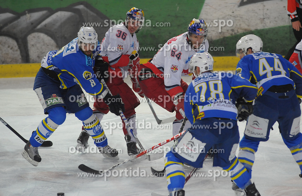 09.03.2010, Volksgarten, Salzburg, AUT, EBEL, EC Red Bull Salzburg vs KHL Medvescak Zagreb,  im Bild von links John HECIMOVCIC, Marco PEWAL, Douglas LYNCH,  Alan LETANG, Mike QUELLETTE, EXPA Pictures © 2010, PhotoCredit: EXPA/ M. Laux / SPORTIDA PHOTO AGENCY