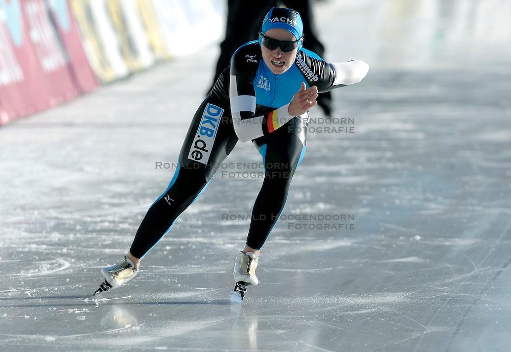 13-01-2007 SCHAATSEN: EUROPESE KAMPIOENSCHAPPEN: COLLALBO ITALIE <br /> Lucille Opitz GER<br /> &copy;2007-WWW.FOTOHOOGENDOORN.NL
