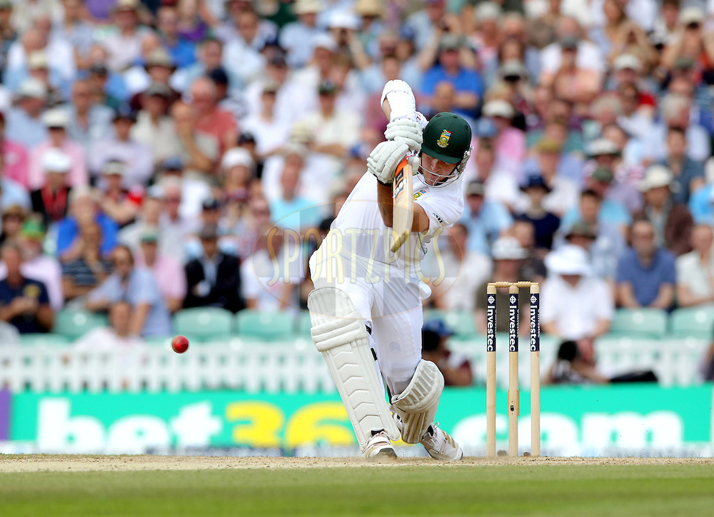 © Andrew Fosker / Seconds Left Images 2012 - South Africa's Graeme Smith (c) straight drives England v South Africa - 1st Investec Test Match -  Day 3 - The Oval  - London - 21/07/2012