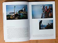 Pages int&eacute;rieures Catalogue Exposition &quot;Duras et Elles&quot; - par Betty Clavel et V&eacute;ronique Durruty - 21 x 30 cm 18 euros TTC<br /> <br /> exemplaire sign&eacute; et d&eacute;dicac&eacute; sur demande aupr&egrave;s de V&eacute;ronique Durruty<br /> v.durruty@gmail.com