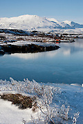 Lake Þingvallavatn and mountain Botnsúlur in winter perspective