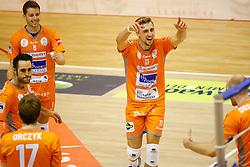 20141029 BEL: Eredivisie, Callant Antwerpen - Volley Behappy2 Asse - Lennik: Antwerpen<br />Robbert Andringa (6) of Volley behappy2 Asse - Lennik, Robin Overbeeke (11) of Volley behappy2 Asse - Lennik<br />©2014-FotoHoogendoorn.nl / Pim Waslander