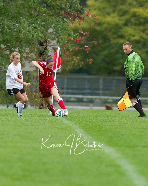 St Paul's School girls varsity Soccer versus Exeter.  ©2016 Karen Bobotas Photographer