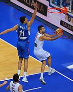 DESCRIZIONE : Vilnius Lithuania Lituania Eurobasket Men 2011 Second Round Spagna Serbia Spain Serbia<br /> GIOCATORE : Juan Carlos Navarro<br /> CATEGORIA : tiro penetrazione<br /> SQUADRA : Spagna Spain<br /> EVENTO : Eurobasket Men 2011<br /> GARA : Spagna Serbia Spain Serbia<br /> DATA : 09/09/2011<br /> SPORT : Pallacanestro <br /> AUTORE : Agenzia Ciamillo-Castoria/T.Wiendesohler<br /> Galleria : Eurobasket Men 2011<br /> Fotonotizia : Vilnius Lithuania Lituania Eurobasket Men 2011 Second Round Spagna Serbia Spain Serbia<br /> Predefinita :