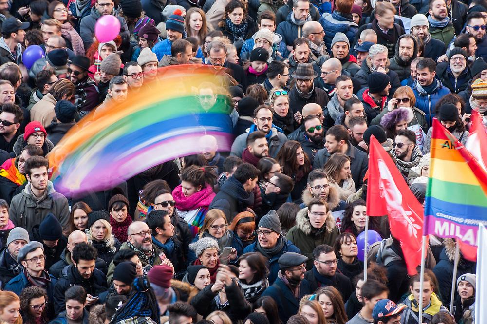 Foto Piero Cruciatti / LaPresse<br /> 23-01-2016 Milano, Italia<br /> Manifestazione in Piazza della Scala per sostenere l'approvazione del ddl Cirinn&agrave; sulle unioni civili<br /> Nella foto: Manifestazione in Piazza della Scala per sostenere l'approvazione del ddl Cirinn&agrave; sulle unioni civili<br /> Photo Piero Cruciatti / LaPresse<br /> 23-01-2016 Milan, Italy<br /> Demonstration in Piazza Scala to support the approval of the Cirinn&agrave; law on civil unions<br /> In the Photo: Demonstration in Piazza Scala to support the approval of the Cirinn&agrave; law on civil unions