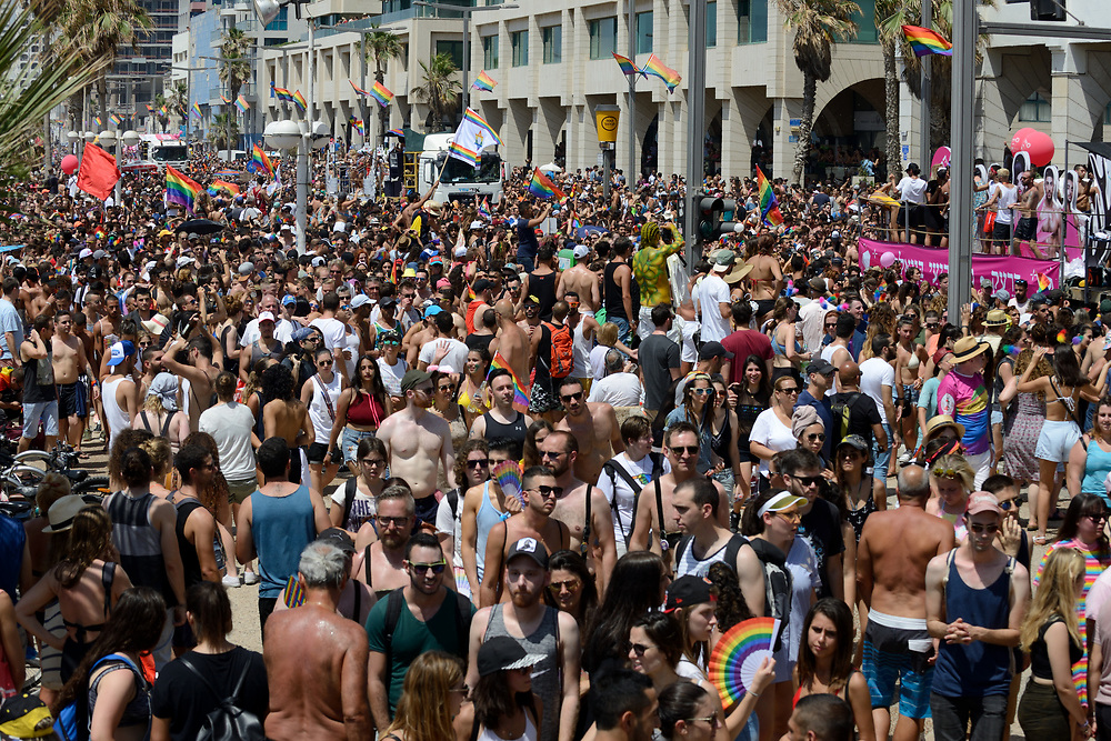 Members of the Israeli and international gay community participate the annual gay pride parade in Tel Aviv, June 07, 2013. Photo by Gili Yaari