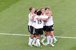 05.07.2011, Borussia-Park, Moenchengladbach, GER, FIFA Women Worldcup 2011, Gruppe A,  Frankreich (FRA) vs Deutschland (GER), im Bild: Torjubel / Jubel  nach dem 0:1 durch Merstin Garefrekes (GER #18, Frankfurt) (M)..// during the FIFA Women´s Worldcup 2011, Pool A, France vs Germany on 2011/06/26, Borussia-Park, Moenchengladbach, Germany. EXPA Pictures © 2011, PhotoCredit: EXPA/ nph/  Mueller       ****** out of GER / CRO  / BEL ******