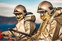 A bord du Dixmude.<br /> Pompiers en attente d'un appontage helicoptere<br /> Le batiment de projection et de commandement Dixmude est arrive ce vendredi &agrave; Marseille pour une escale exceptionnelle de trois jours pour la signature de la charte de parrainage du BPC par la Ville de Marseille, auparavant marraine du transport de chalands de d&eacute;barquement Siroco, vendu fin 2015 au Br&eacute;sil. &nbsp;<br /> Plus grand batiment de guerre apres le porte-avions Charles de Gaulle, le Dixmude se distingue par sa polyvalence et sa capacite a se deployer loin et longtemps. <br /> Troisieme BPC fran&ccedil;ais du type Mistral, il a ete receptionne en 2012 par la Marine nationale. Long de 199 m&egrave;tres et affichant un deplacement de plus de 21.000 tonnes en charge, c&rsquo;est a la fois un porte-h&eacute;licopt&egrave;res, un batiment d&rsquo;assaut amphibie, un hopital flottant et une unite capable d&rsquo;assurer le commandement d&rsquo;une operation interarmees et internationale. Il peut, par exemple, embarquer une vingtaine d&rsquo;helicopteres de transport et de combat, une centaine de vehicules (dont des chars Leclerc), 450 hommes de troupe et des engins de debarquement (deux CTM et un EDAR, deux EDAR ou quatre CTM).<br /> Ses principales missions<br /> Operation Eunavfor Atalanta (2012) - Operation Serval (2013)-Operation Sangaris (2013) <br /> Il participe a la Mission Corymbe et le 4 avril 2015, il evacue 44 personnes du Yemen suite au conflit au Y&eacute;men. Le lendemain, il recupere egalement 63 personnes dont 23 fran&ccedil;ais transferees &agrave; partir du patrouilleur L'adroit et de la fregate Aconit.<br /> En mai 2015, il part pour la mission Jeanne d'Arc 2015.