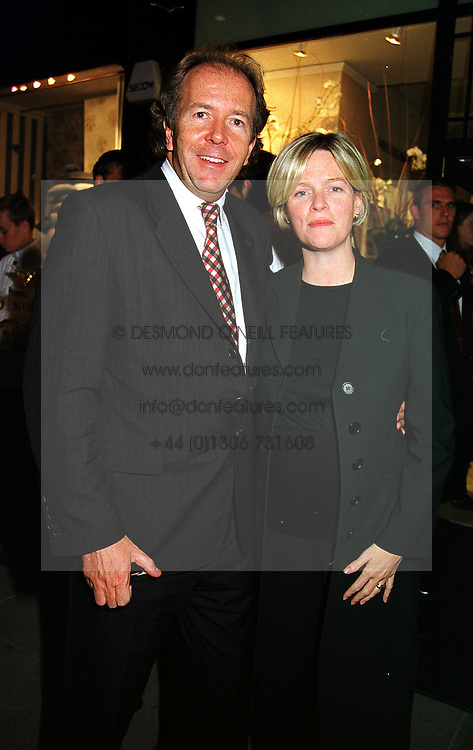 LORD & LADY BRUCE DUNDAS at a party in London on 21st September 1999.MWO 46