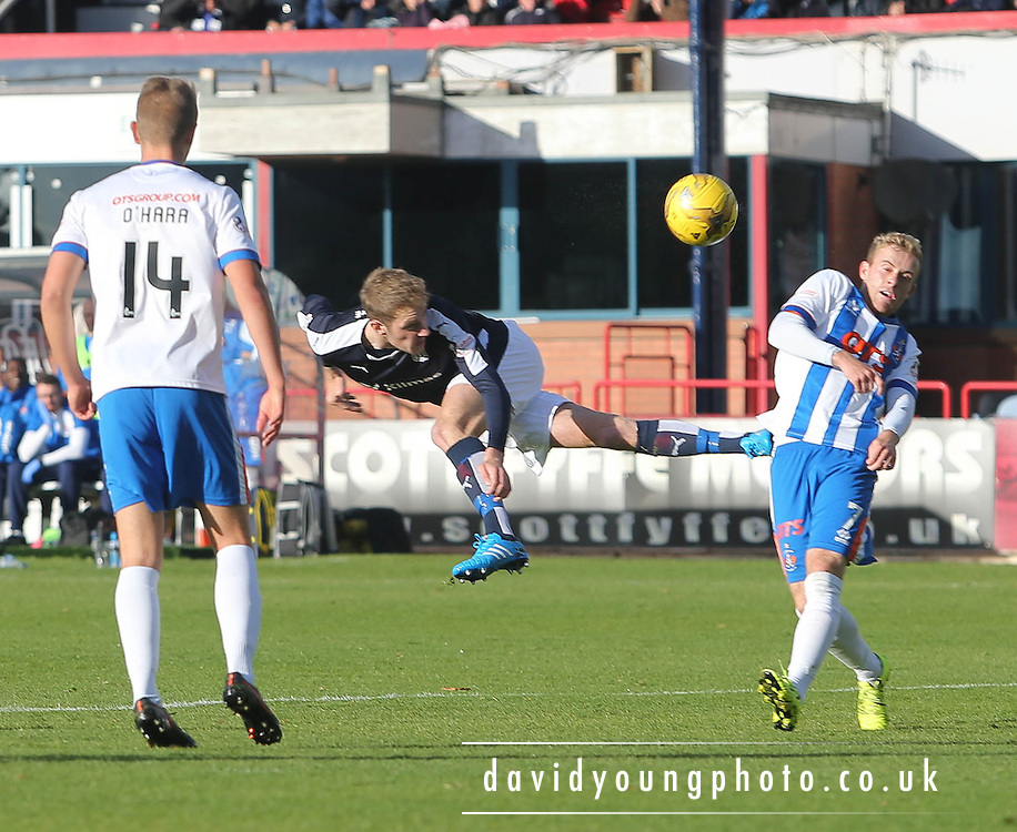 Dundee&rsquo;s Kevin Holt heads towards goal  - Dundee v Kilmarnock, Ladbrokes Premiership at Dens Park <br /> <br />  - &copy; David Young - www.davidyoungphoto.co.uk - email: davidyoungphoto@gmail.com
