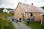 Den 25. Bryggeutstillinga i Råkvåg, Fosen i Sør-Trøndelag.