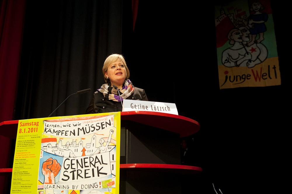 08 JAN 2011, BERLIN/GERMANY:<br /> Gesine Loetzsch, Die Linke Parteivorsitzende, haelt eine Rede, 16. Internationale Rosa-Luxenburg-Konferenz, Urania Haus<br /> IMAGE: 20110108-01-015<br /> KEYWORDS: Kommunismus, Gesine Lötzsch