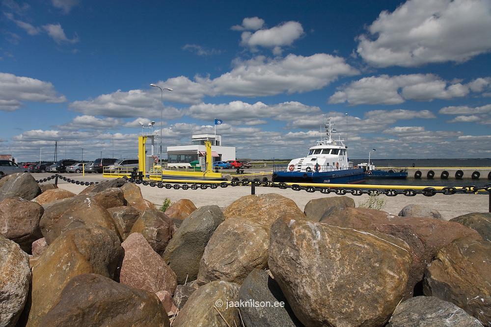 Pier, Munalaid Harbor, Pärnu County, Estonia, Europe