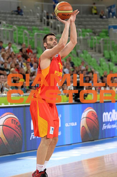 DESCRIZIONE : Lubiana Ljubliana Slovenia Eurobasket Men 2013 Second Round Italia Spagna Italy Spain<br /> GIOCATORE : Fernando San Emeterio<br /> CATEGORIA : Tiro<br /> SQUADRA : Spagna Spain<br /> EVENTO : Eurobasket Men 2013<br /> GARA : Italia Spagna Italy Spain<br /> DATA : 16/09/2013 <br /> SPORT : Pallacanestro <br /> AUTORE : Agenzia Ciamillo-Castoria/Max.Ceretti<br /> Galleria : Eurobasket Men 2013<br /> Fotonotizia : Lubiana Ljubliana Slovenia Eurobasket Men 2013 Second Round Italia Spagna Italy Spain<br /> Predefinita :