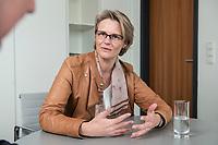12 APR 2019, BERLIN/GERMANY:<br /> Anja Karliczek, CDU, Bundesministerin fuer Forschung und Bildung, waehrend einem Interview, in ihrem Buero, Bundesministerium fuer Forschung un Bildung<br /> IMAGE: 20190412-01-002<br /> KEYWORDS: Büro