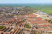 Nederland, Provincie, Plaats, 01-05-2013;<br /> Bloemenbuurt en Oosterparkbuurt, rechts Van Starkenborghkanaal en de Ommelanden.<br /> View on the city of Groningen and surroundings,  Van Starckenborghkanaal (channel) and residential districts.<br /> luchtfoto (toeslag op standard tarieven)<br /> aerial photo (additional fee required)<br /> copyright foto/photo Siebe Swart
