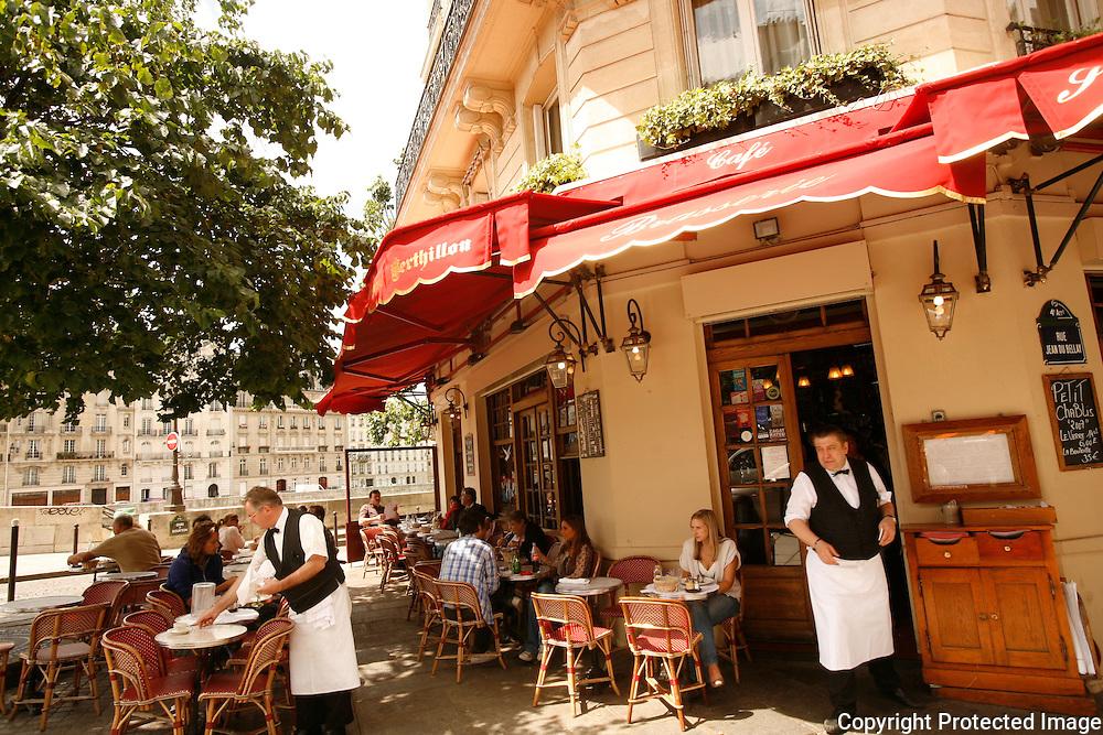 For Delta Sky Magazine..My favorite Street - rue de L'Isle St. Louis, Paris..photograph by Owen Franken..Brasserie de l'Isle St. Louis