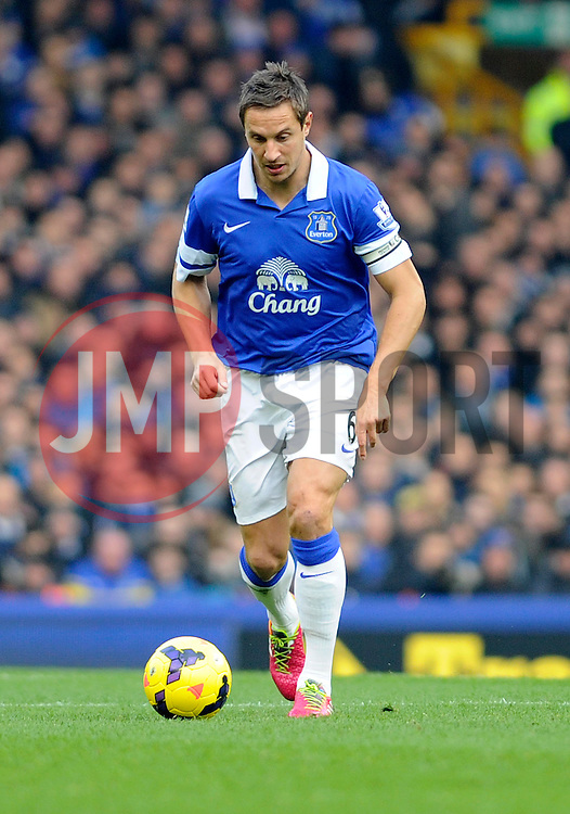 Everton's Phil Jagielka - Photo mandatory by-line: Dougie Allward/JMP - Tel: Mobile: 07966 386802 23/11/2013 - SPORT - Football - Liverpool - Merseyside derby - Goodison Park - Everton v Liverpool - Barclays Premier League