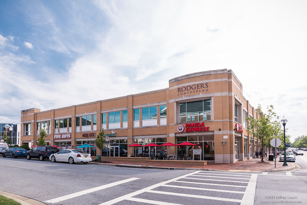 Exterior image of  Pinnacle at Town Center in Germantown Maryland by Jeffrey Sauers of Commercial Photographics, Architectural Photo Artistry in Washington DC, Virginia to Florida and PA to New England