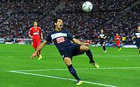1. Oktober 2011: Berlin, Olympiastadion: Fussball 1. Bundesliga, 8. Spieltag: Hertha BSC - 1. FC Koeln: Berlins Levan Kobiashvili am Ball.