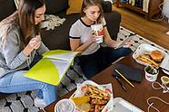 Chilis Studying