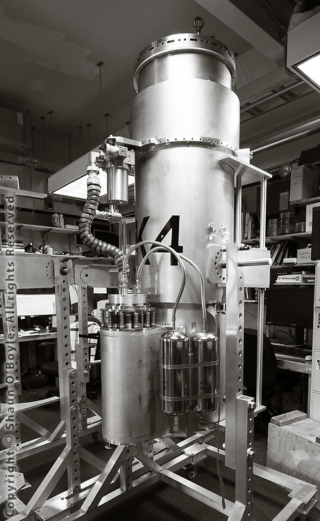 Keck Array receiver after removal from telescope mount