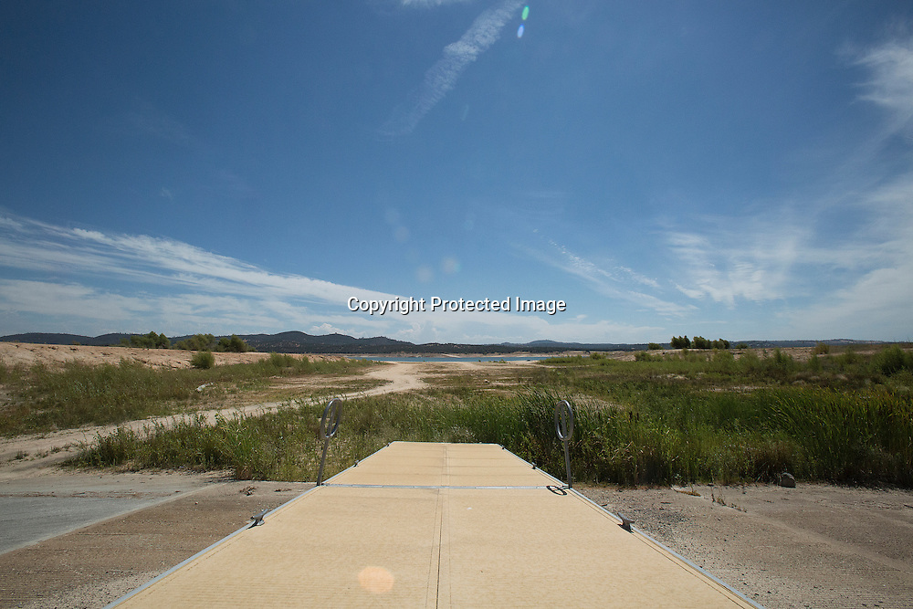 A boat launch at the drying out Folson Lake resevoir located near Sacramento in Northern California.