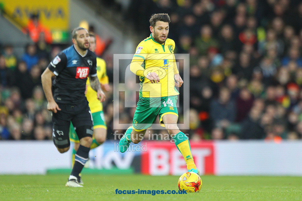 Wes Hoolahan of Norwich in action being pursued by Bradley Johnson of Derby County during the Sky Bet Championship match at Carrow Road, Norwich<br /> Picture by Paul Chesterton/Focus Images Ltd +44 7904 640267<br /> 02/01/2017