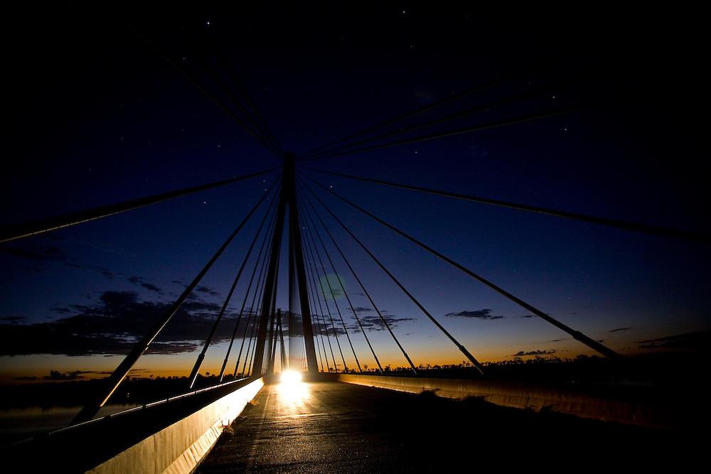Carneirinho_MG, Brazil.<br /> <br /> Carneirinho_MG, Brasil...Ponte de Porto Alencastro BR-497 sobre o Rio Paranaíba.<br /> <br /> The bridge Porto Alencastro BR-497 over Paranaiba river.<br /> <br /> Foto: LEO DRUMOND / NITRO
