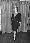 09/03/1964<br /> 03/09/1964<br /> 09 March 1964<br /> McBirney's Fashion show at McBirney's, Aston Quay, Dublin.<br /> Image shows model Marion wearing a jersey suit.