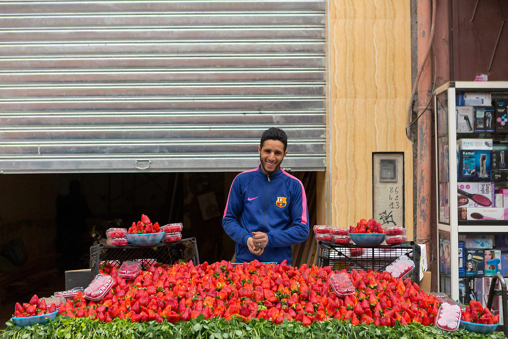 Fruit and veg stand, Mellah, Marrakesh Medina, Morocco, 2018–02-26.