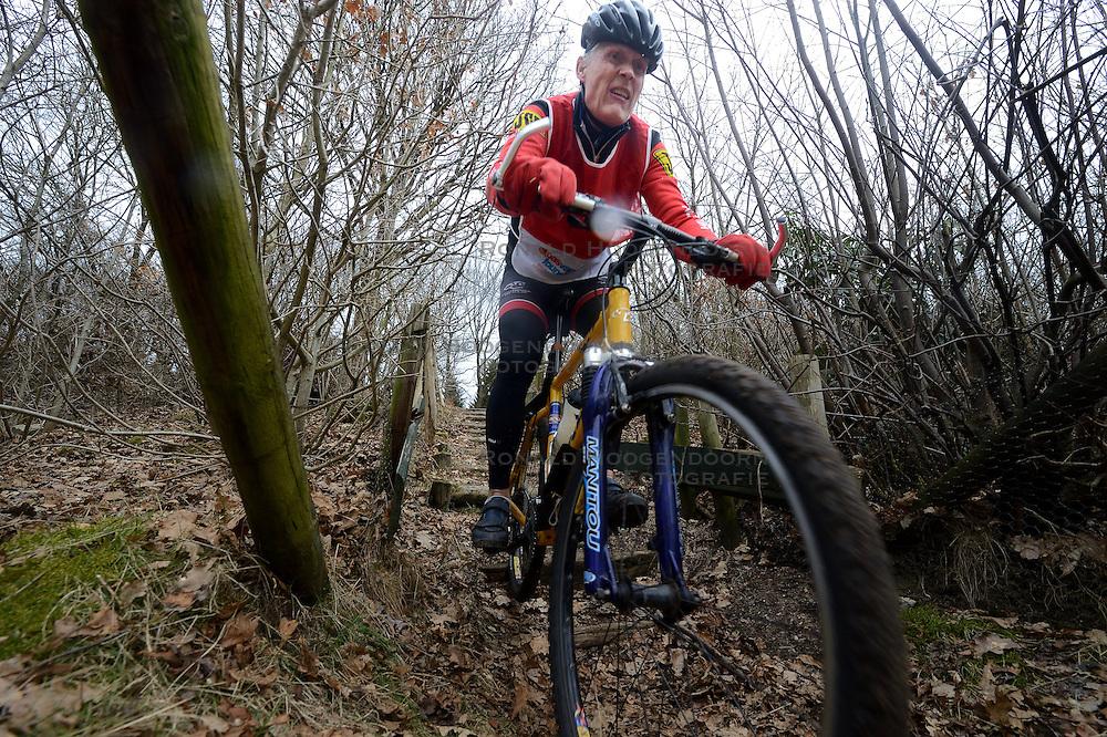 02-03-2013 ALGEMEEN: WE BIKE 2 CHANGE DIABETES: SOEST<br /> Bij Sportmaster in Soest was de eerste Training voor de 15 deelnemers aan de Trans Norway Challenge.<br /> &copy;2013-FotoHoogendoorn.nl