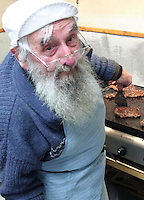 leslie constantine lisle new zealand's oldest publican left this world aged 87 years from the west coast south island new zealand a legendary west coaster