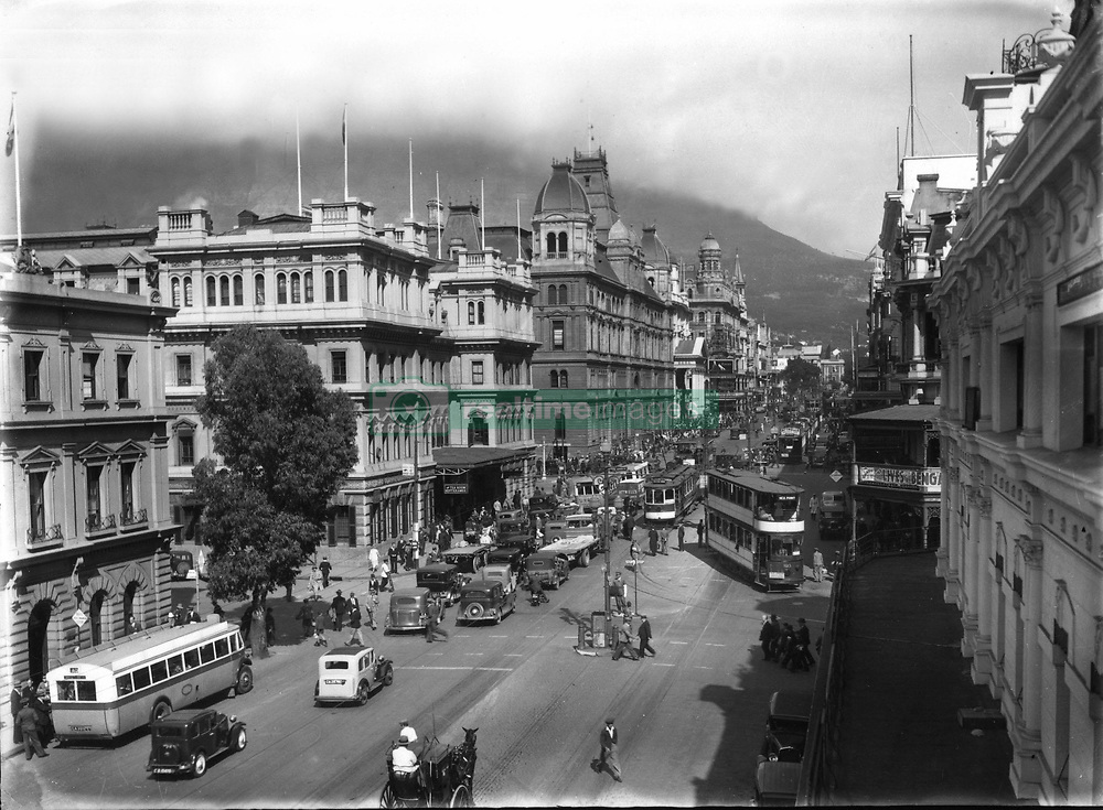 Cape Town. Historical pictures of Cape Town.IN020227007<br />IN/HISTORIC. Cape Town. South Africa.Undated.<br />Cape Town Historic - A very busy Adderley Street, trams and all.<br />©Independent Newspapers/ INDEPENDENT MEDIA ARCHIVES. LEGACY LEGACY SPECIAL RATES