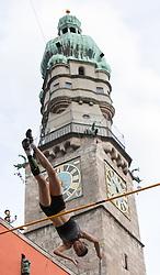 25.05.2016, Altstadt, Innsbruck, AUT, Golden Roof Challenge, Stabhochsprung Damen, im Bild Stabhochspringerin Ling Li (CHN, 1.Platz) // 1st placed Pole Vaulter Ling Li of China during Womens Pole Vault at Golden Roof Challenge at the Altstadt in Innsbruck, Austria on 2016/05/25. EXPA Pictures © 2016, PhotoCredit: EXPA/ Jakob Gruber