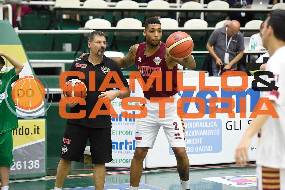 Hagins Jamelle<br /> Sidigas Avellino - Umana Reyer Venezia<br /> Lega Basket Serie A 2016-2017<br /> Playoff Semifinale Gara 6<br /> Avellino 05/06/2017<br /> Foto Ciamillo-Castoria