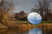 Anish Kapoor, Sky Mirror in Kensington Gardens