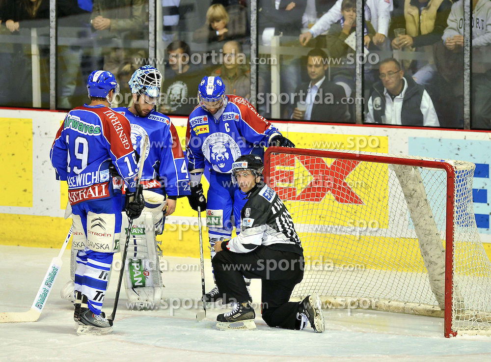16.10.2011, Dom Sportava, Zagreb, CROCRO, EBEL, KHL MEDVESCAK ZAGREB vs EHC LIWEST BLACK WINGS LINZ, im Bild  .// during EBEL Eishockey game between Medvescak KHL Zagreb and EHC LIWEST BLACK WINGS LINZ at Dom Sportava in Zagreb, Croatia on 2011/16/10. EXPA Pictures © 2011, PhotoCredit: EXPA/ nph/ PIXSELL ****** out of GER / CRO / BEL ******