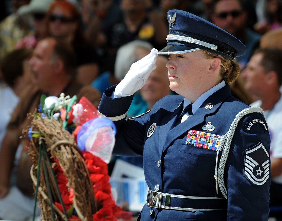 jt052917k/ a sec/jim thompson/Master Sgt. Jennie Brown of the KAFB Honor Guard salutes during the wreath presentation at  the Memorial Day Ceremony held at the New Mexico Veteran's Memorial. Monday May. 29, 2017. (Jim Thompson/Albuquerque Journal)