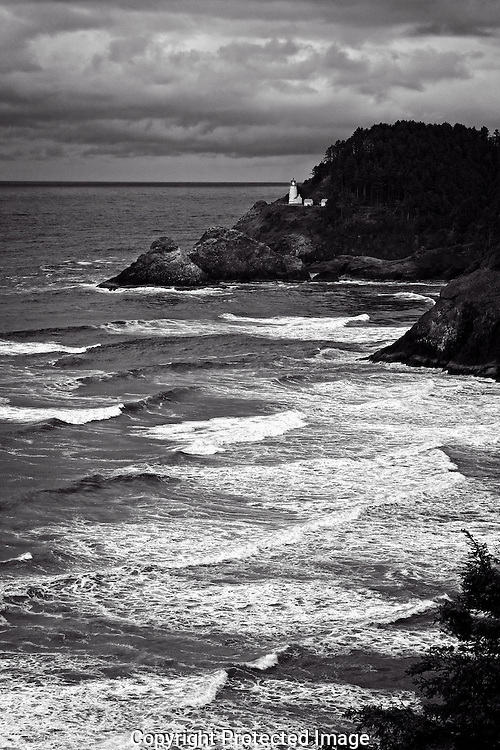 Black & white image of Heceta Head Lighthouse