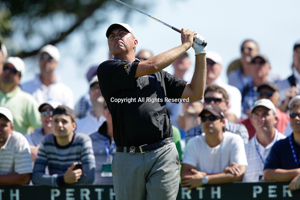 18.10.2013 Perth, Australia. Bo Van Pelt (USA) drives from the 12th tee during day 2 of the ISPS Handa Perth International Golf Championship from the Lake Karrinyup Country Club.